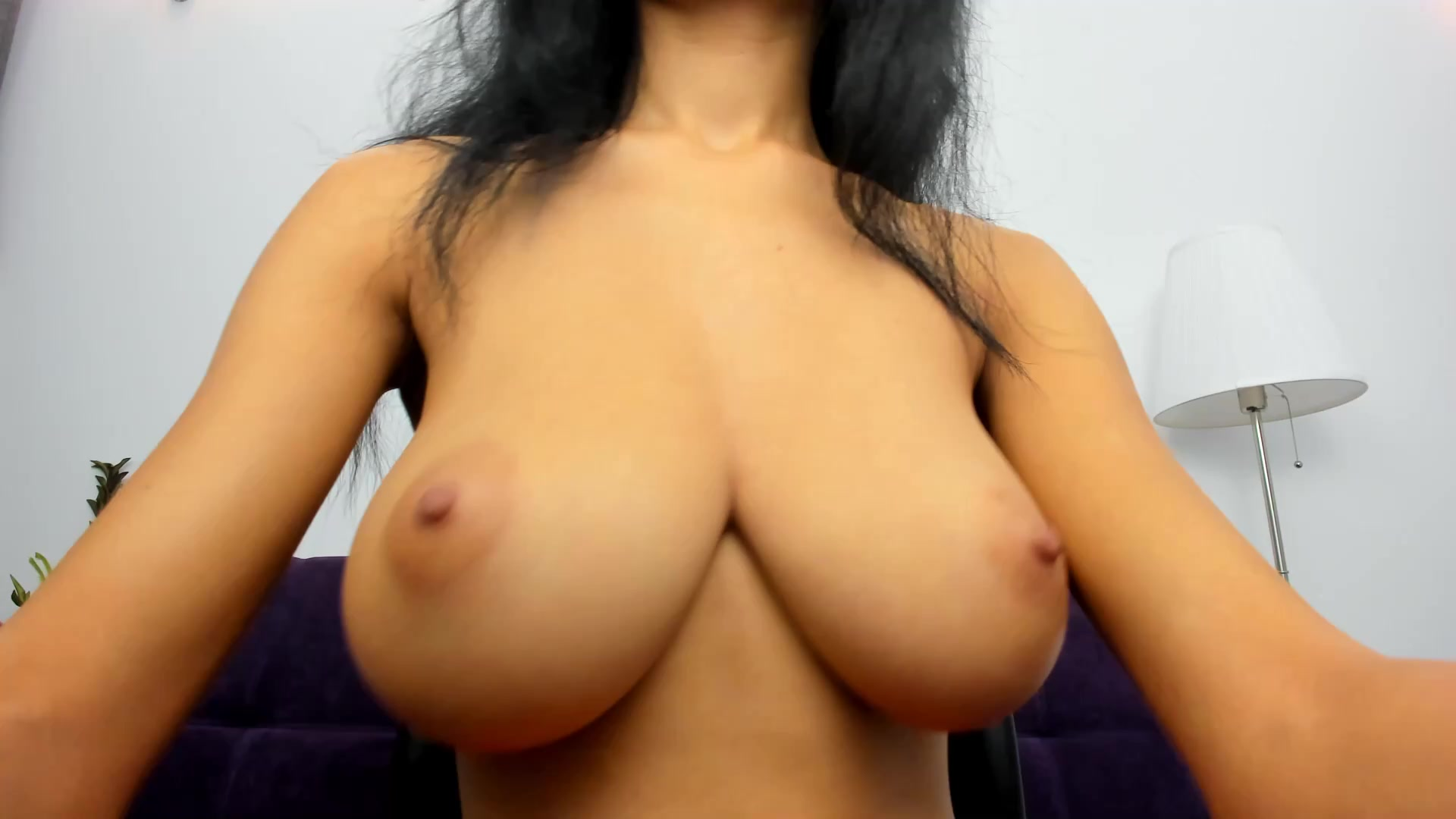 Big Natural Tits Dancing